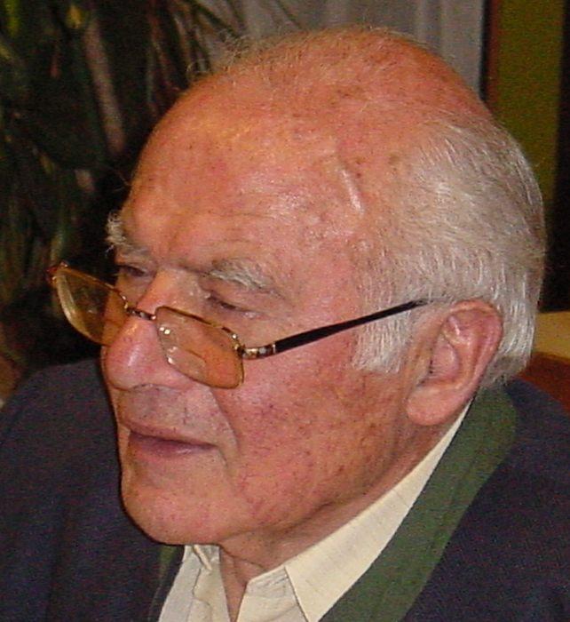 Herr Robert Schuler